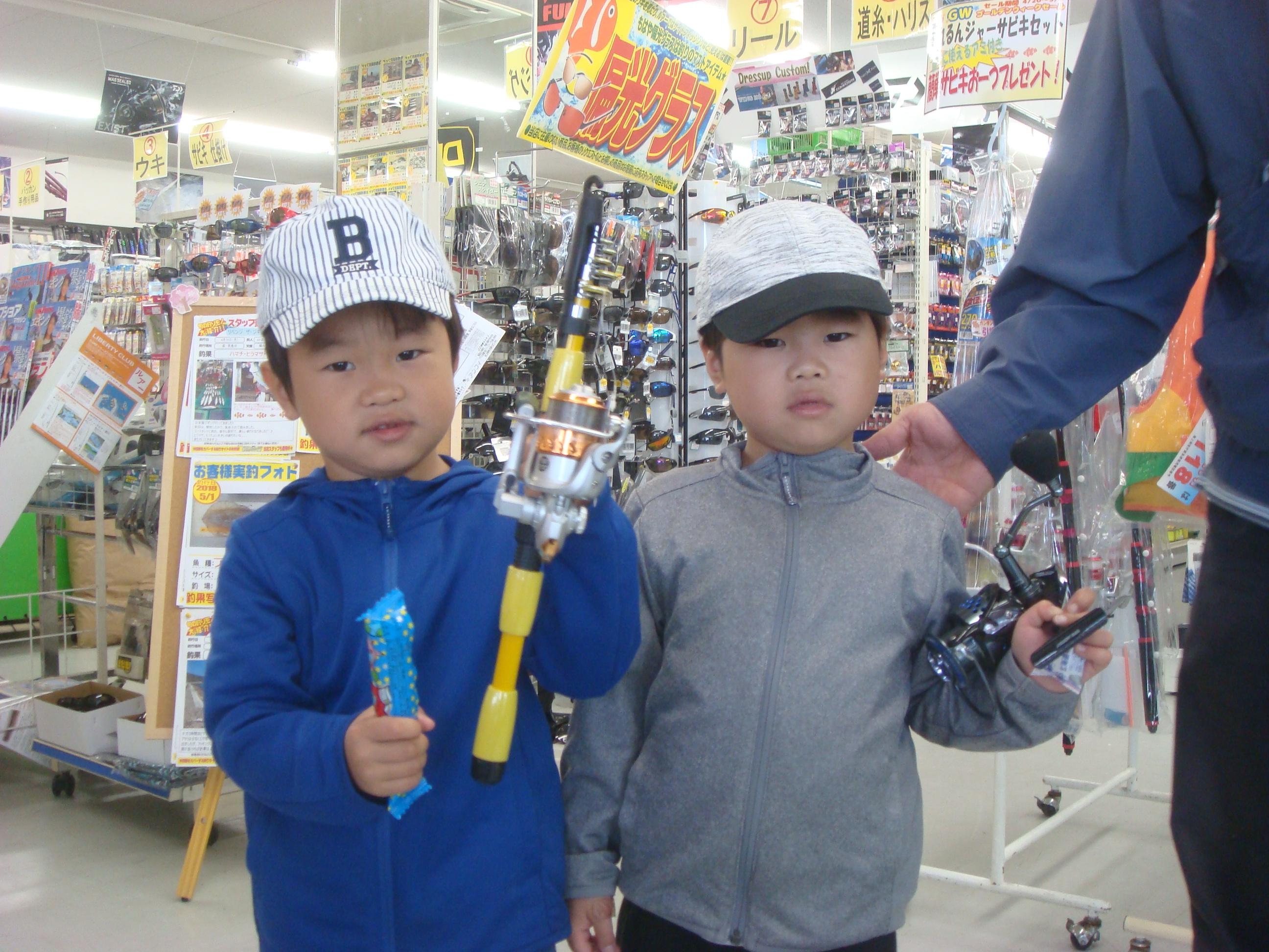 http://www.e-angle.co.jp/shop/news/DSC02985.JPG